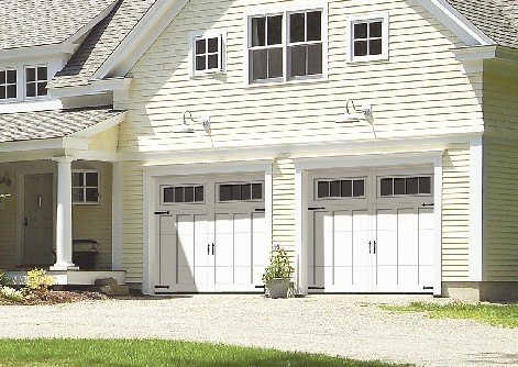 The Eastman from Garaga: A vintage country-style garage door