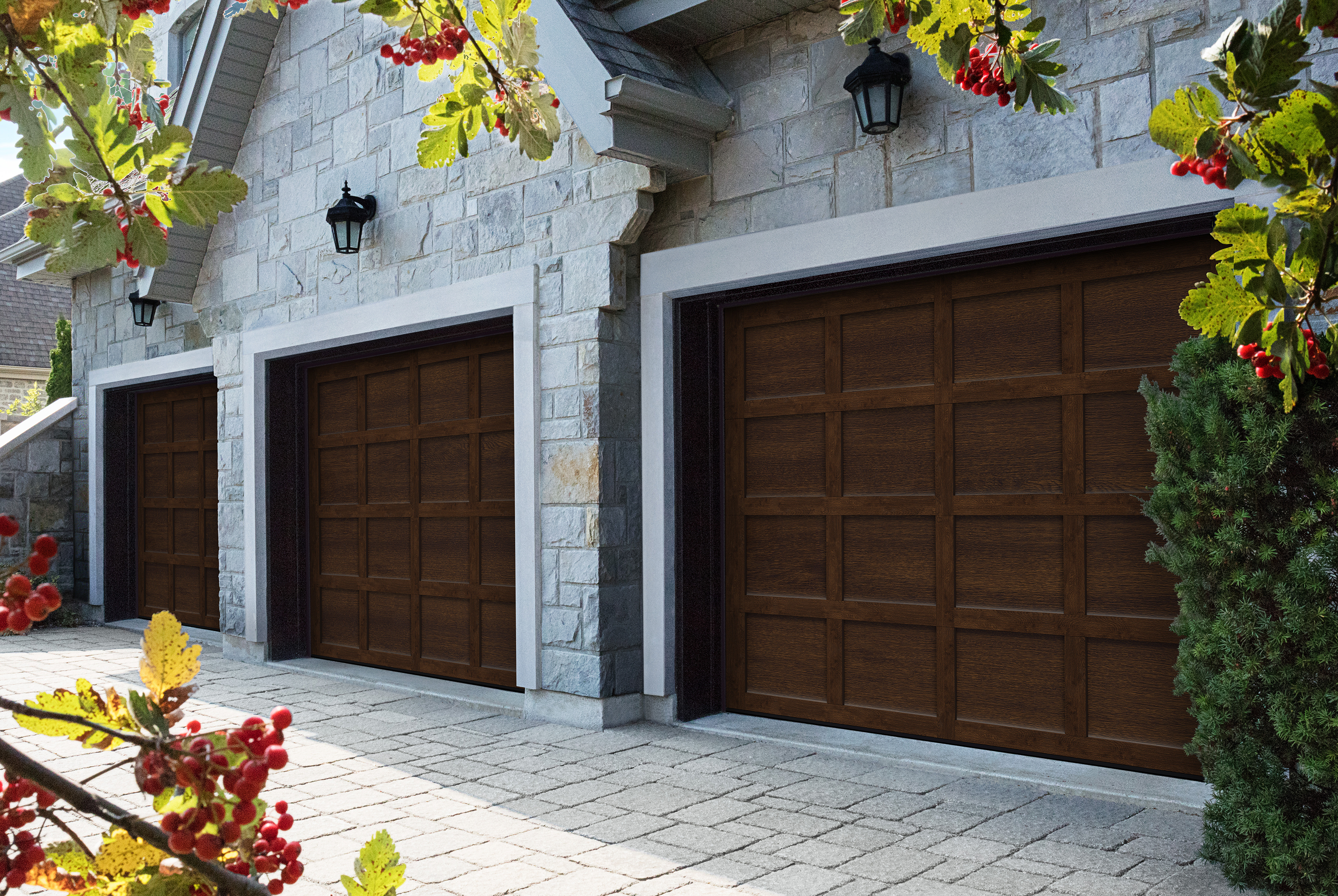 Steel door with the look of a wood garage door