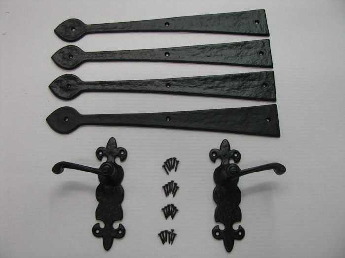 Decorative Hardware, Lis model