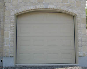Garage door with an arch