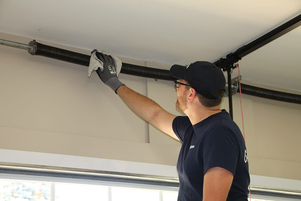 Garage door maintenance - Planned Preventive Programs