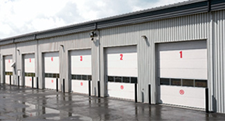 Overhead doors 16 ft x 14 ft, Service Warehouse