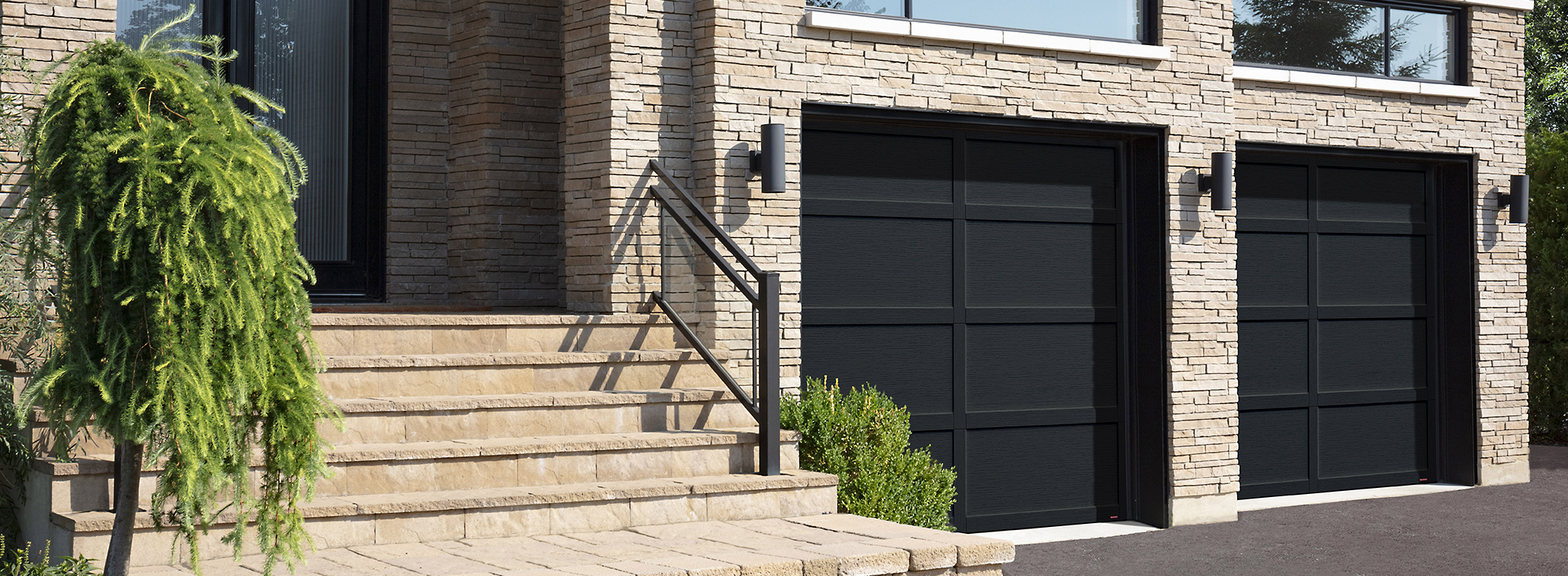 Cambridge CL, 9' x 8', Black doors and overlays