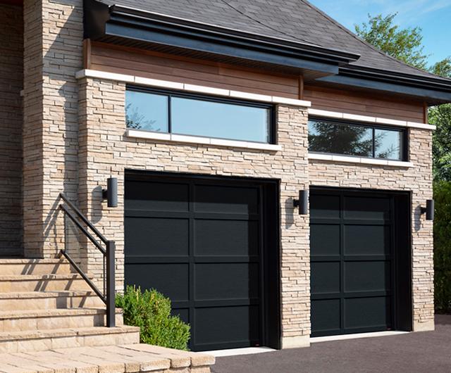 Cambridge CL, 9' x 8', portes et moulures Noir