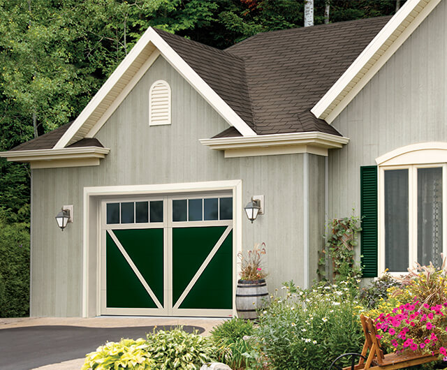Eastman E-23, 10' x 7', Evergreen door and Desert Sand overlays, 4 vertical lite Panoramic windows