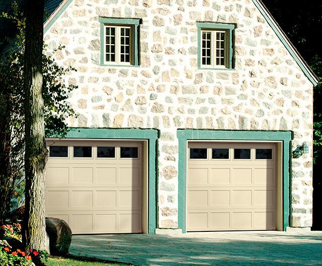 Shaker-Plat CC, 8' x 7', Sable, fenêtres Clair