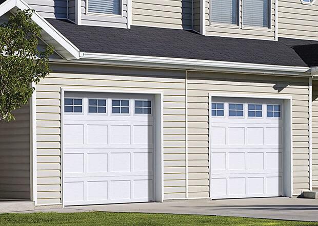 Standard+ Shaker-Plat CC, 8' x 7', Blanc glacier, fenêtres Orion 4 carreaux