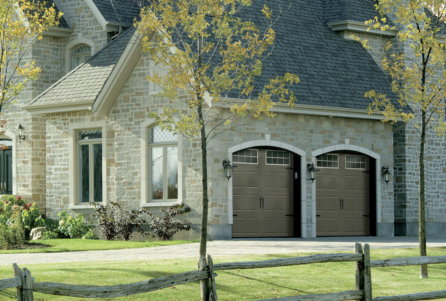Energy savings with an insulated garage door