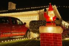 The Best Xmas Garage Door Decorations