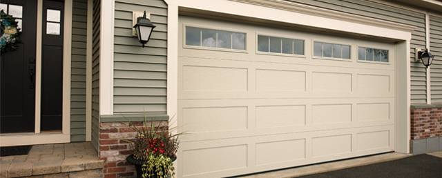 New Garage Door Standard Shaker Xl 16 X 8 Desert Sand 4 Vertical Lite