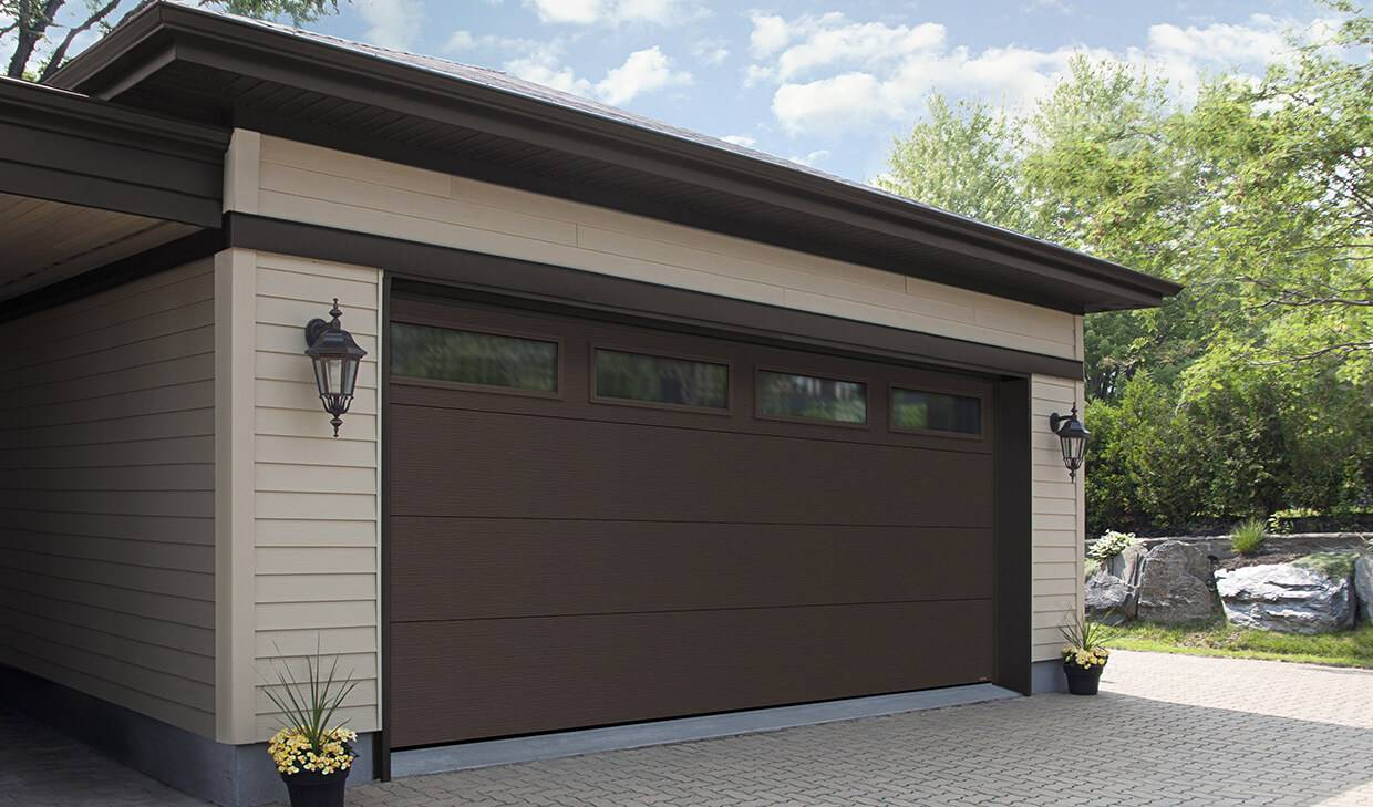 "Acadia 138 Flush, 16' x 7' 6"", Moka Brown, Clear windows"