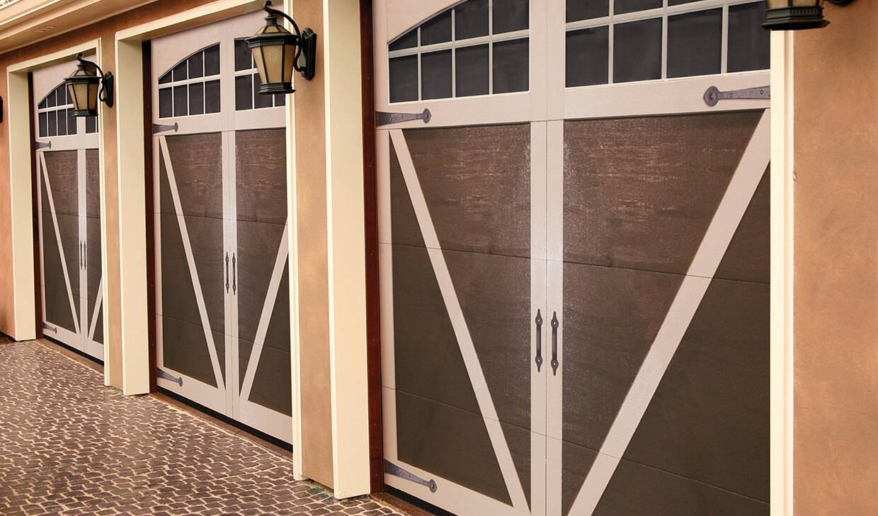 Eastman E-23, 9' x 8', Moka Brown doors and Desert Sand overlays, Arch Overlays with 8 lite Panoramic windows