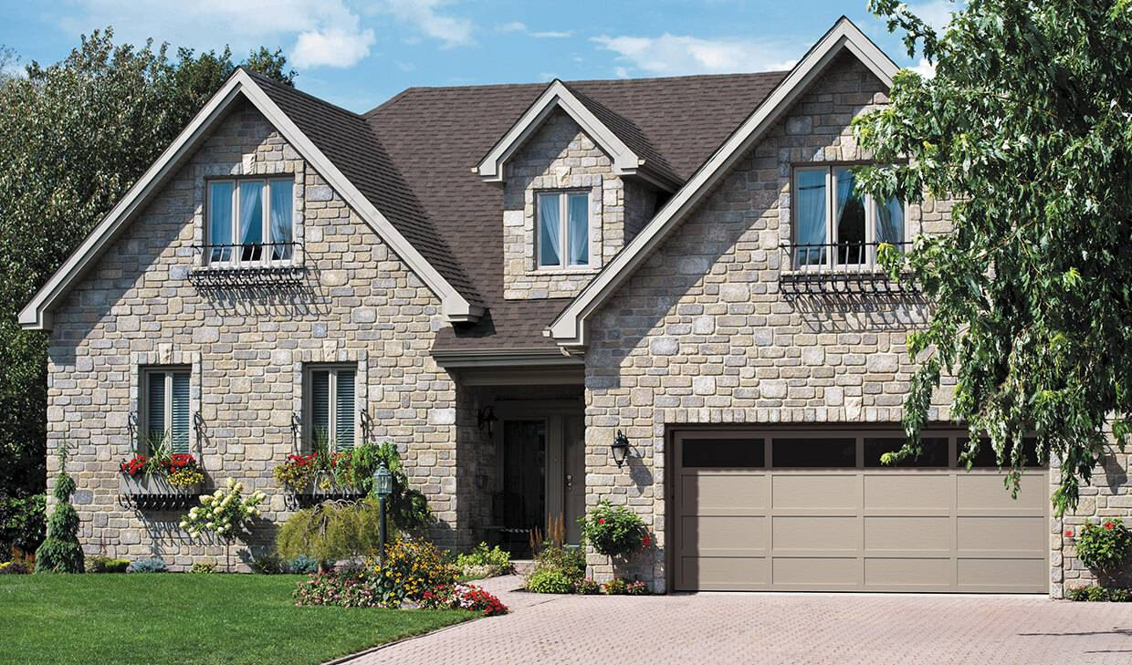 Cambridge CL 16' x 7', Claystone door and overlays, Panoramic Clear windows