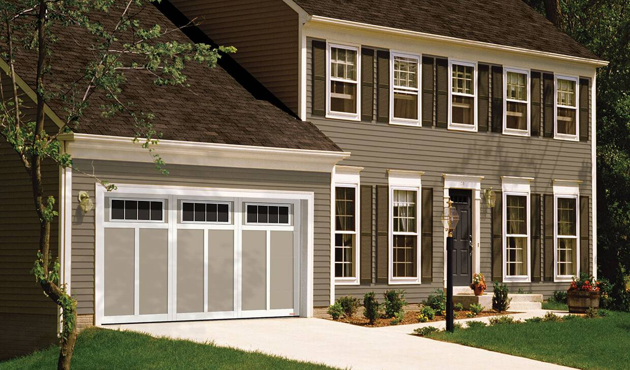 Eastman E-12, 14' x 7', Claystone door and Ice White overlays, Orion 4 vertical lite windows