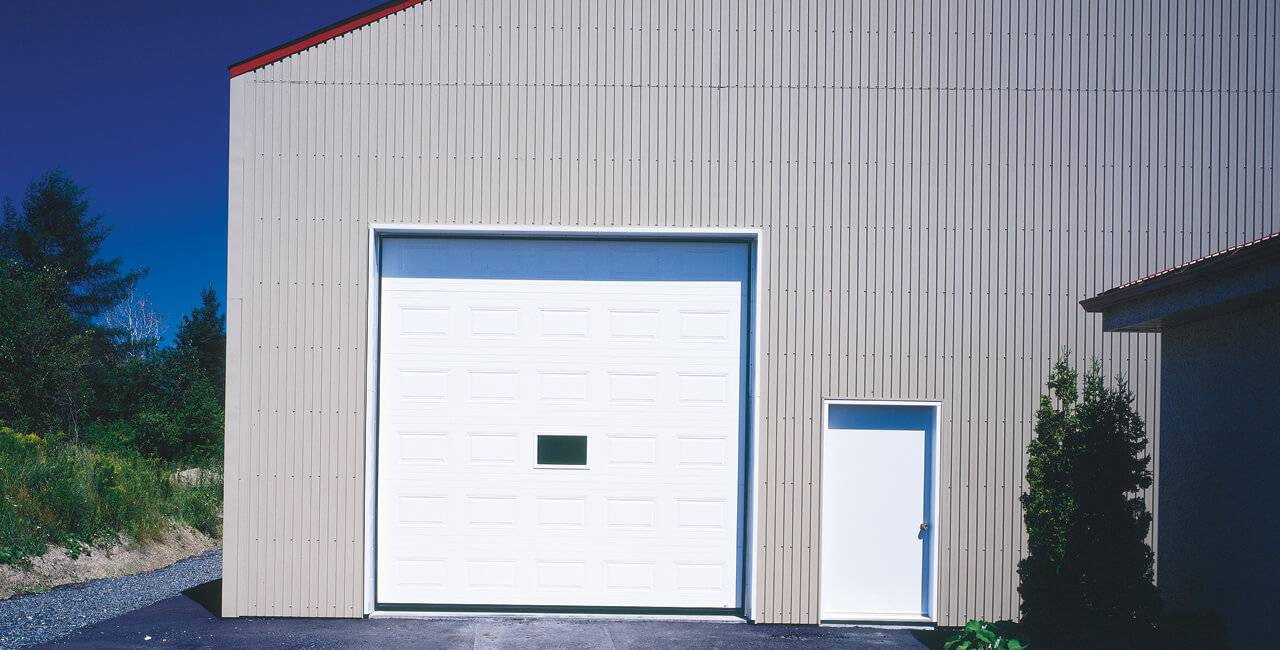 G-5000 door, 12' x 12', Ice White